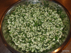 broad beans salad with mint, parsley and lemon